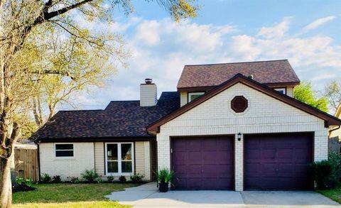 Photo of 10902 Mulberry Ct, La Porte, TX 77571