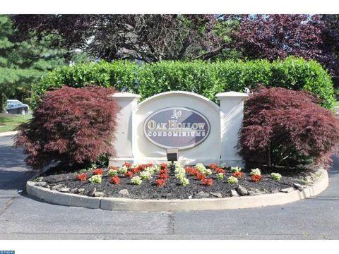 13 Bridgewater Dr, Marlton, NJ 08053