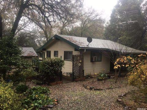 15734 Carrie Dr, Grass Valley, CA 95949 - realtor.com®