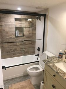 4570 Ocean Beach Blvd Apt 33 Cocoa Fl 32931 Bathroom