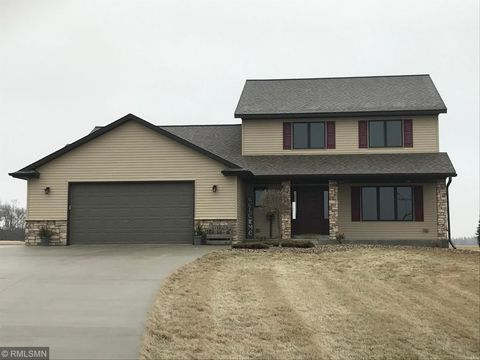 73895 256th St, Grand Meadow, MN 55936