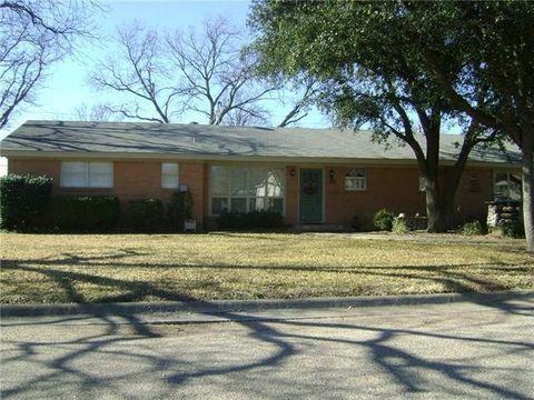 412 Ridgeway St, Clyde, TX 79510