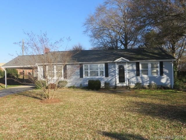 303 Oakley Ave Pineville, NC 28134