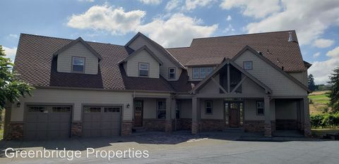Photo of 25144 Sw Petes Mountain Rd, West Linn, OR 97068