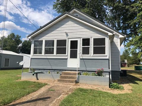 Photo of 305 E Medcalf St, Dale, IN 47523