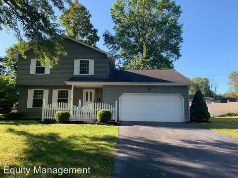 Photo of 4161 Nottingham Ave, Austintown, OH 44511