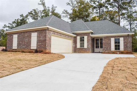 Photo of 115 Ashley Park Dr, Byram, MS 39272