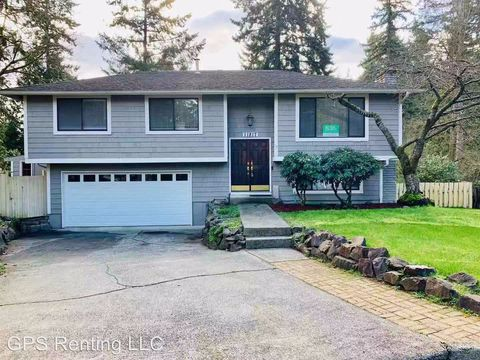 Photo of 11817 Ne 142nd St, Kirkland, WA 98034