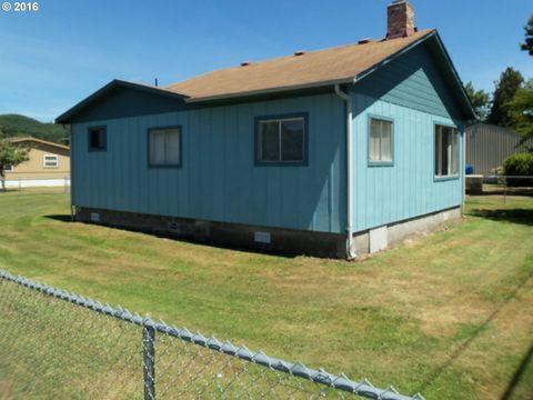 1520 N Lake Rd, Lakeside, OR 97449