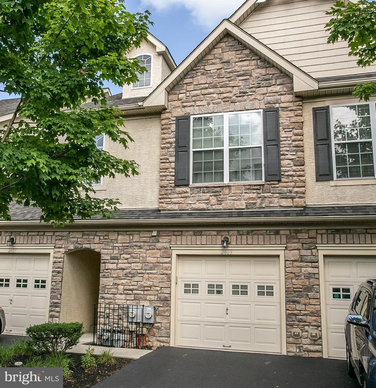 2409 Sentry Ct Norristown, PA 19401