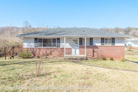 Photo of 623 Glen Cir, Chattanooga, TN 37415