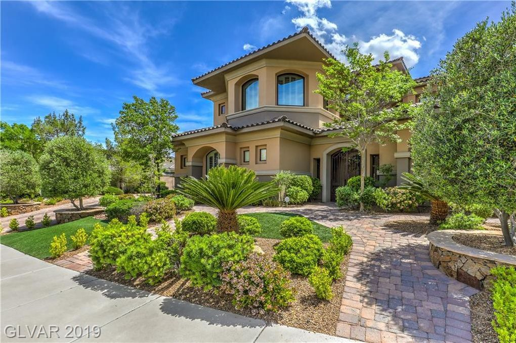 2 Yorkridge Ct Henderson, NV 89052