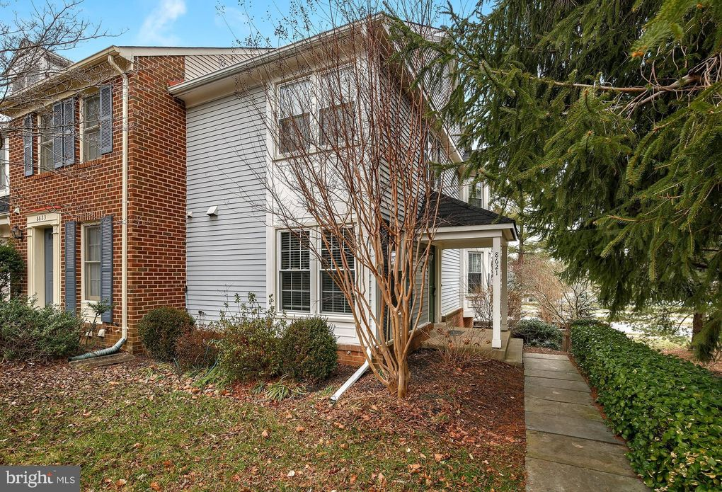 8621 Hawk Run Ter Montgomery Village, MD 20886
