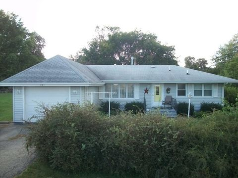 Photo of 301 S East St, Sheffield, IL 61361