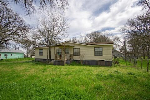 Photo of 245 County Road 415, Lyons, TX 77863