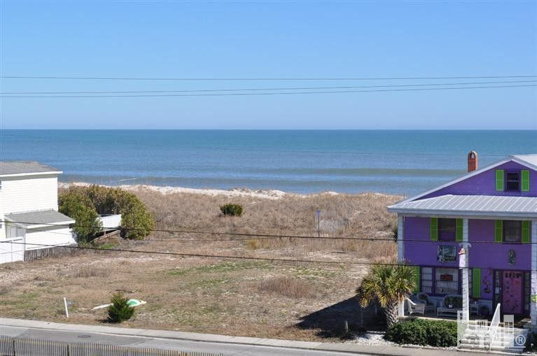 310 N Carolina Beach Ave, Carolina Beach, NC 28428