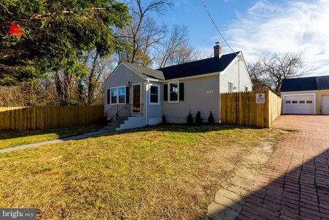 Photo of 3217 Sycamore Ln, Suitland, MD 20746
