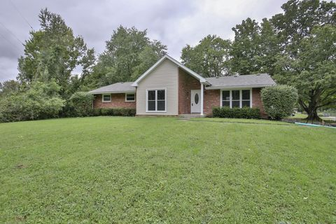 8715 Us Highway 42, Prospect, KY 40059