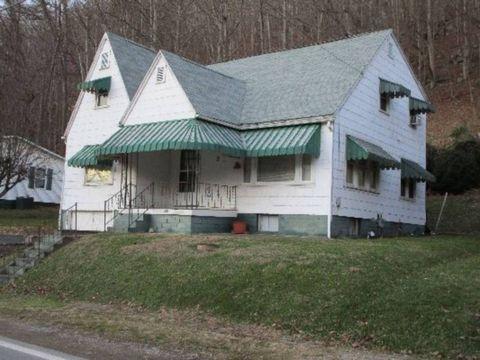 314 W Main St, Glenville, WV 26351