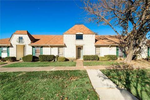 4 W Townhouse Ln  Grand Prairie  TX 75052. Grand Prairie  TX 2 Bedroom Homes for Sale   realtor com