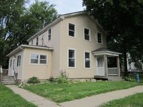 Photo of 304 Allen St, Clinton, WI 53525
