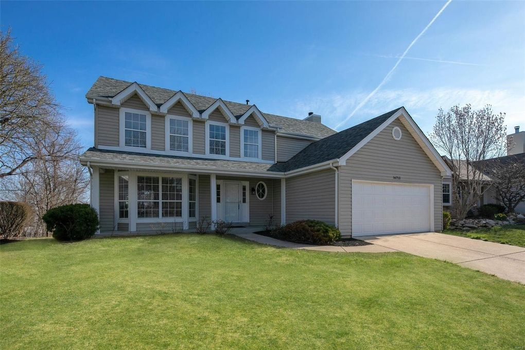 16713 Chesterfield Farms Dr Chesterfield, MO 63005