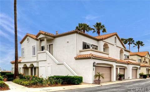 17 Centre Ct Unit 86, Dana Point, CA 92629