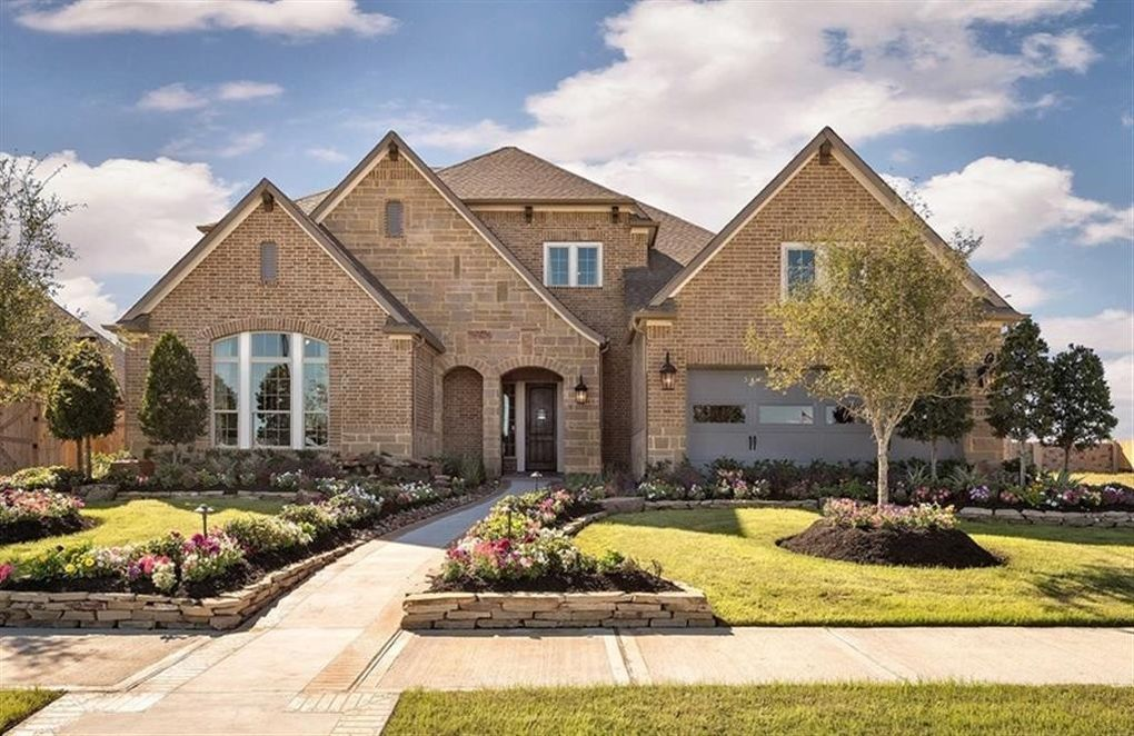 31349 Sunset Oaks Ln, Spring, TX 77386