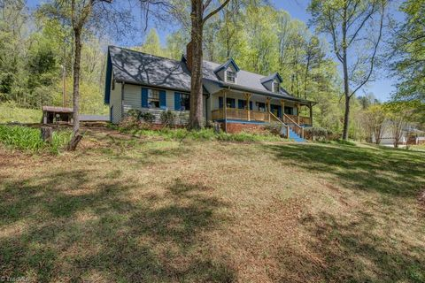 Photo of 1187 Town Fork Trail Rd, Germanton, NC 27019