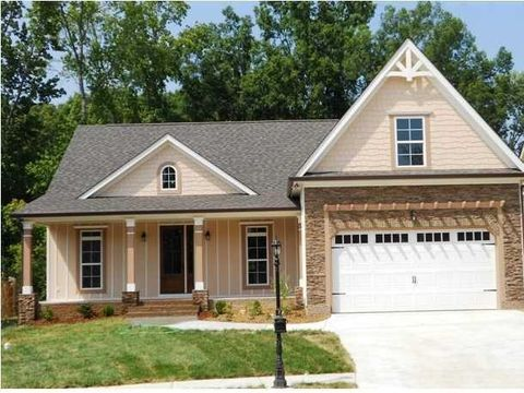 9005 jenny lynn dr chattanooga tn 37421 for Builders in chattanooga tn