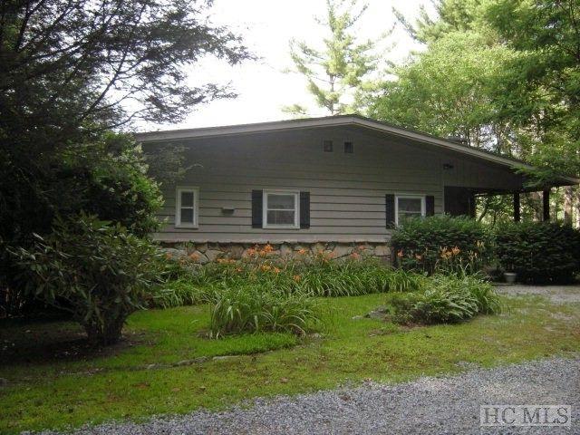 595 Broadview Cir, Highlands, NC 28741