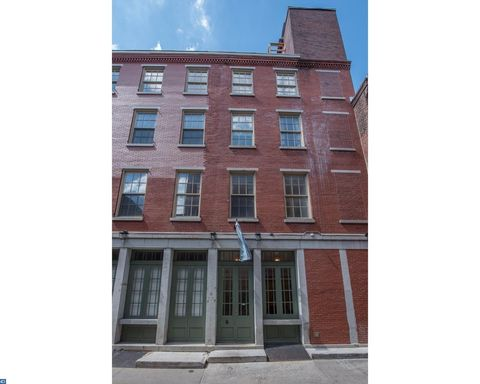 6 10 S Strawberry St Unit 13  Philadelphia  PA 19106Old City  Philadelphia  PA Real Estate   Homes for Sale   realtor com . 1 Bedroom Apartments In Philadelphia Center City. Home Design Ideas