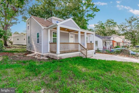Photo of 400 70th Pl, Capitol Heights, MD 20743