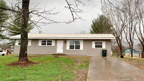 Photo of 197 Valley View Dr, Dunlap, TN 37327
