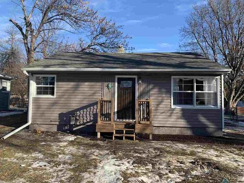 3004 S Western Ave, Sioux Falls, SD 57105