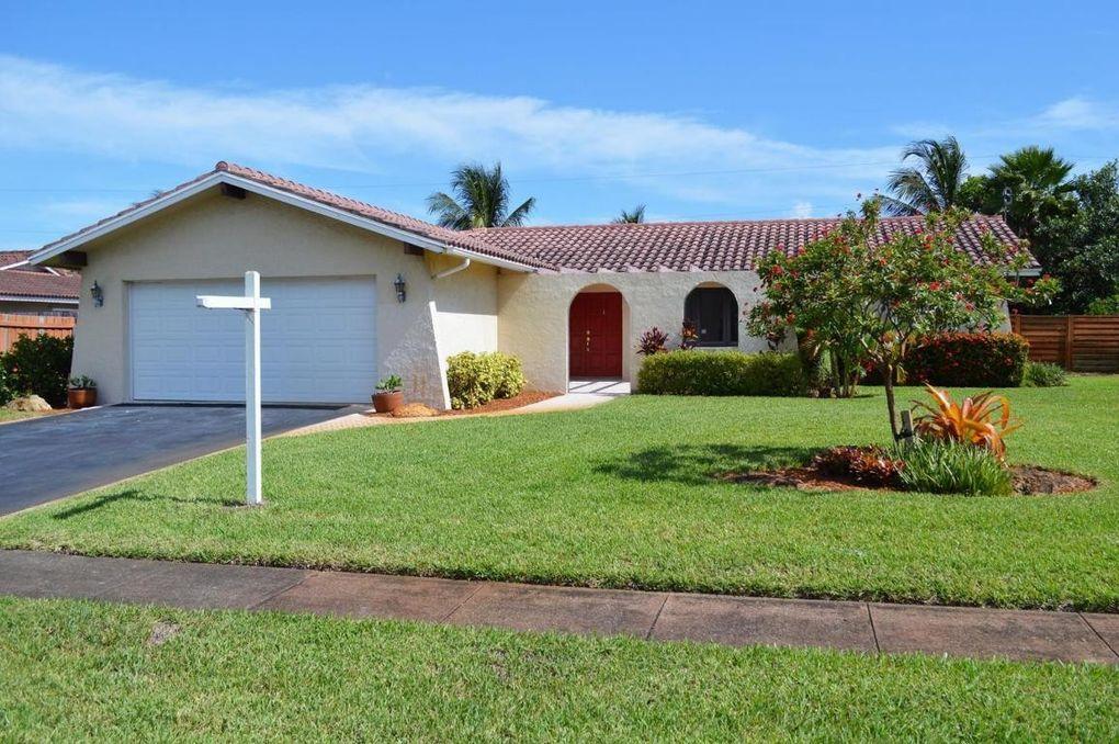 1839 Crafton Rd, North Palm Beach, FL 33408