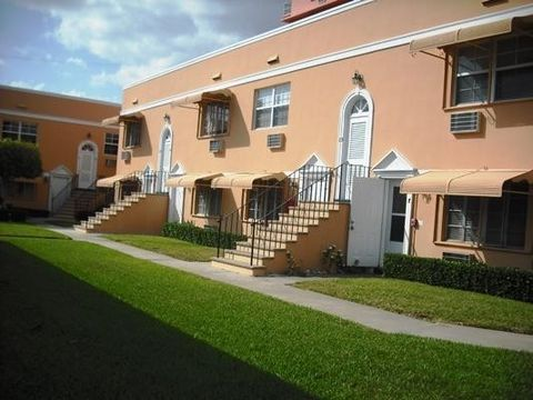 Photo of 31 S Golfview Rd Apt 3, Lake Worth, FL 33460