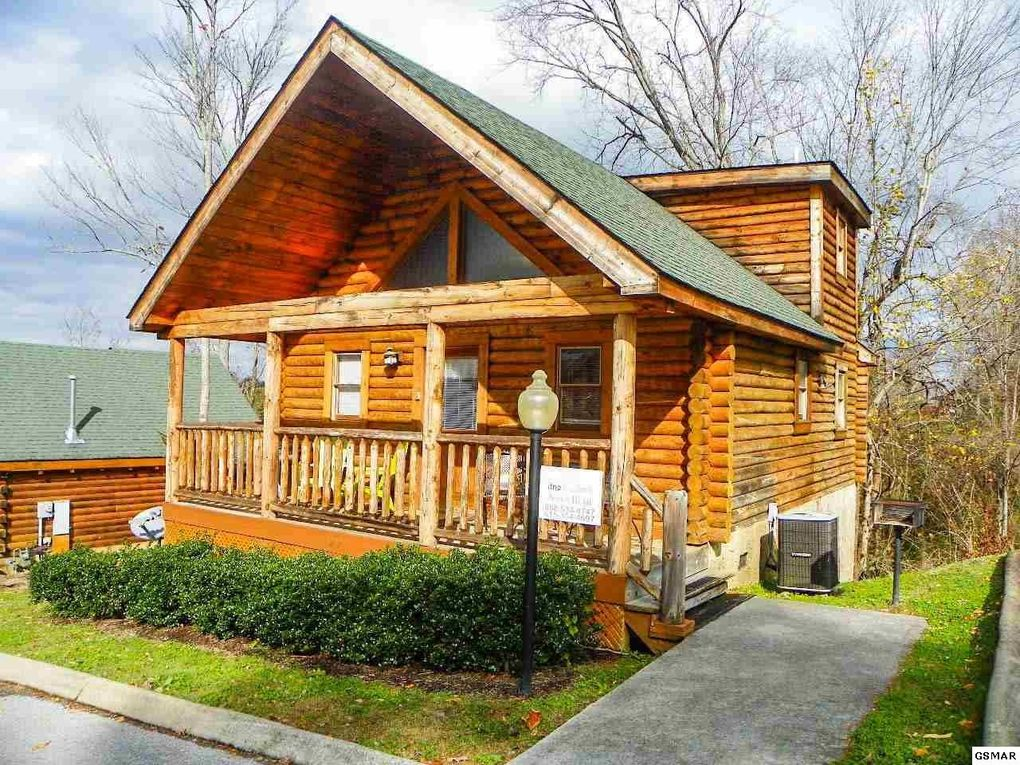 paradise eden for lodge cabin pigeon gatlinburg pool sale forge rentals crest mountain cabins