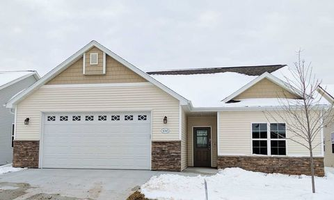 Photo of 4685 N Cherryvale Ave, Appleton, WI 54913