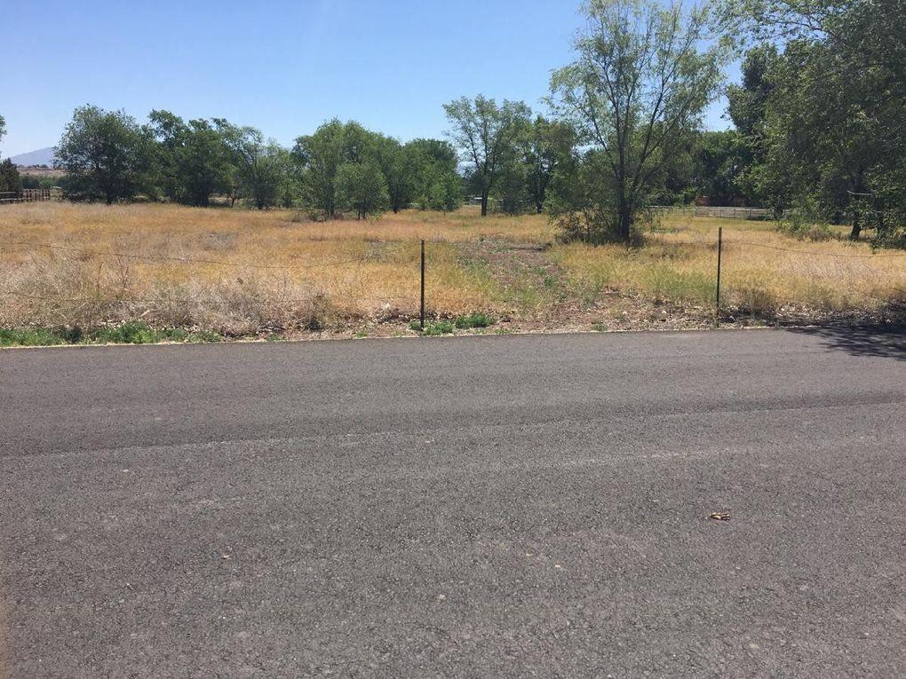 Berry Hill Farms Rd Los Lunas, NM 87031