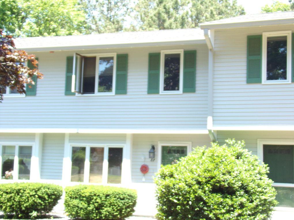 174 Lowell Rd Mashpee, MA 02649