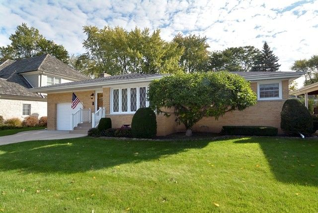 523 S Donald Ave Arlington Heights, IL 60004