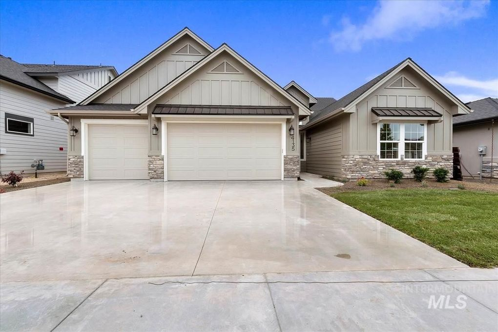 Terrific 4135 E Tenant Dr Meridian Id 83642 Home Interior And Landscaping Palasignezvosmurscom