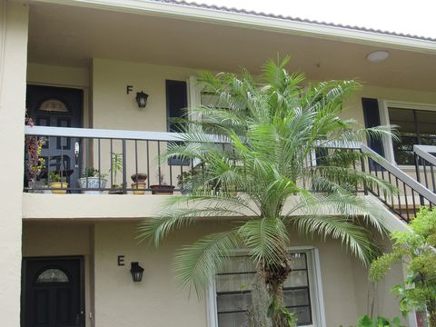 Photo of 7 Stratford Dr E Apt F, Boynton Beach, FL 33436