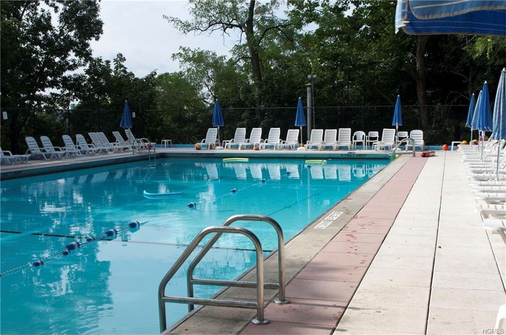 Bronx Swimming Pools Fabulous Head To The Woods To Swim At The Van Cortlandt Park Pool Trees
