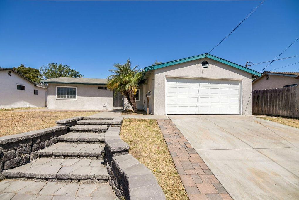 1633 Tarleton St Spring Valley, CA 91977