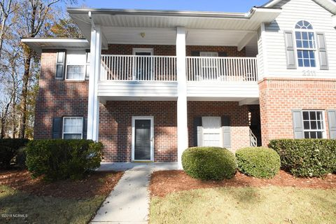 2211 Locksley Woods Dr Apt A, Greenville, NC 27858
