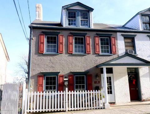 561 Van Duzer St, Staten Island, NY 10304