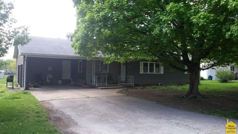 105 N Mable St, Clinton, MO 64735