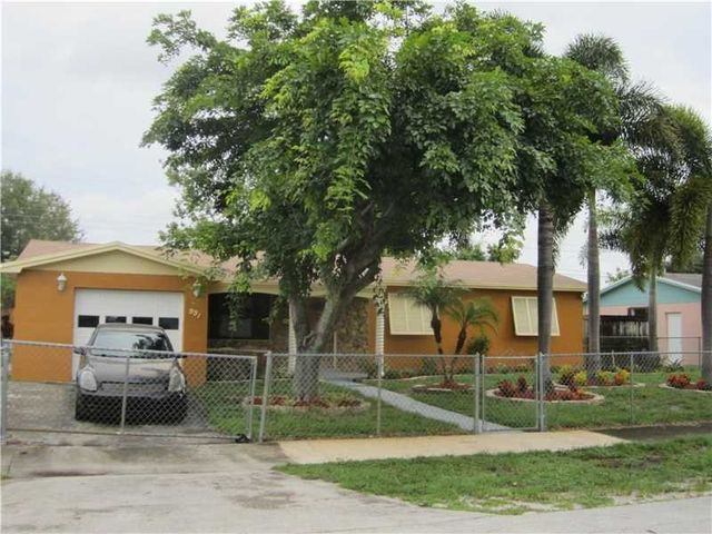 991 Nw 201st St Miami Gardens Fl 33169 Home For Sale